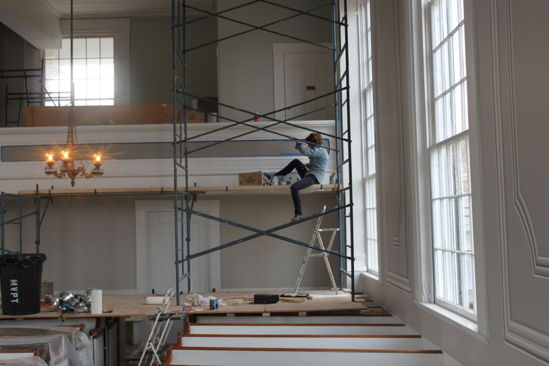Margot Datz on backwall scaffolding